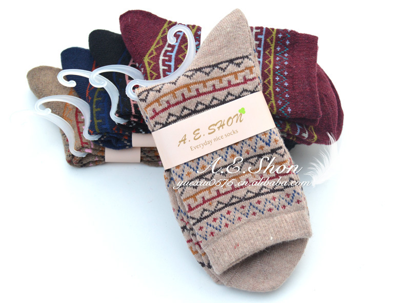 冬季时尚复古兔羊毛袜 女士袜子 保暖袜子批发 S319