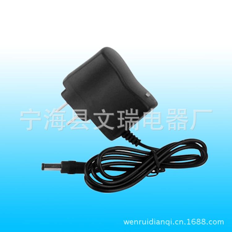 充USB手机充电器单灯USB充电器直充头充2个起批工