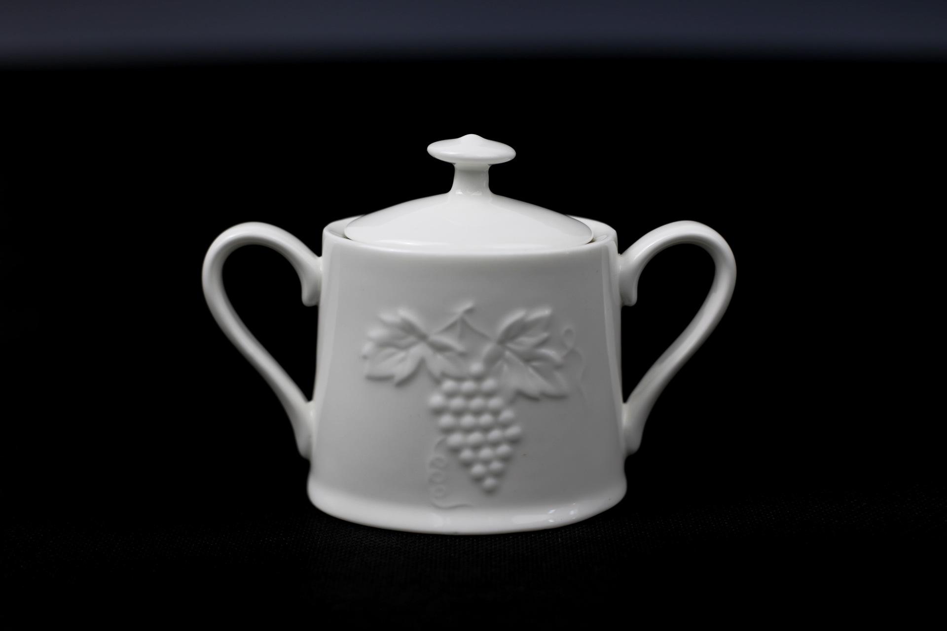 唐山昌达骨瓷 酒店瓷 糖缸 浮雕葡萄糖缸