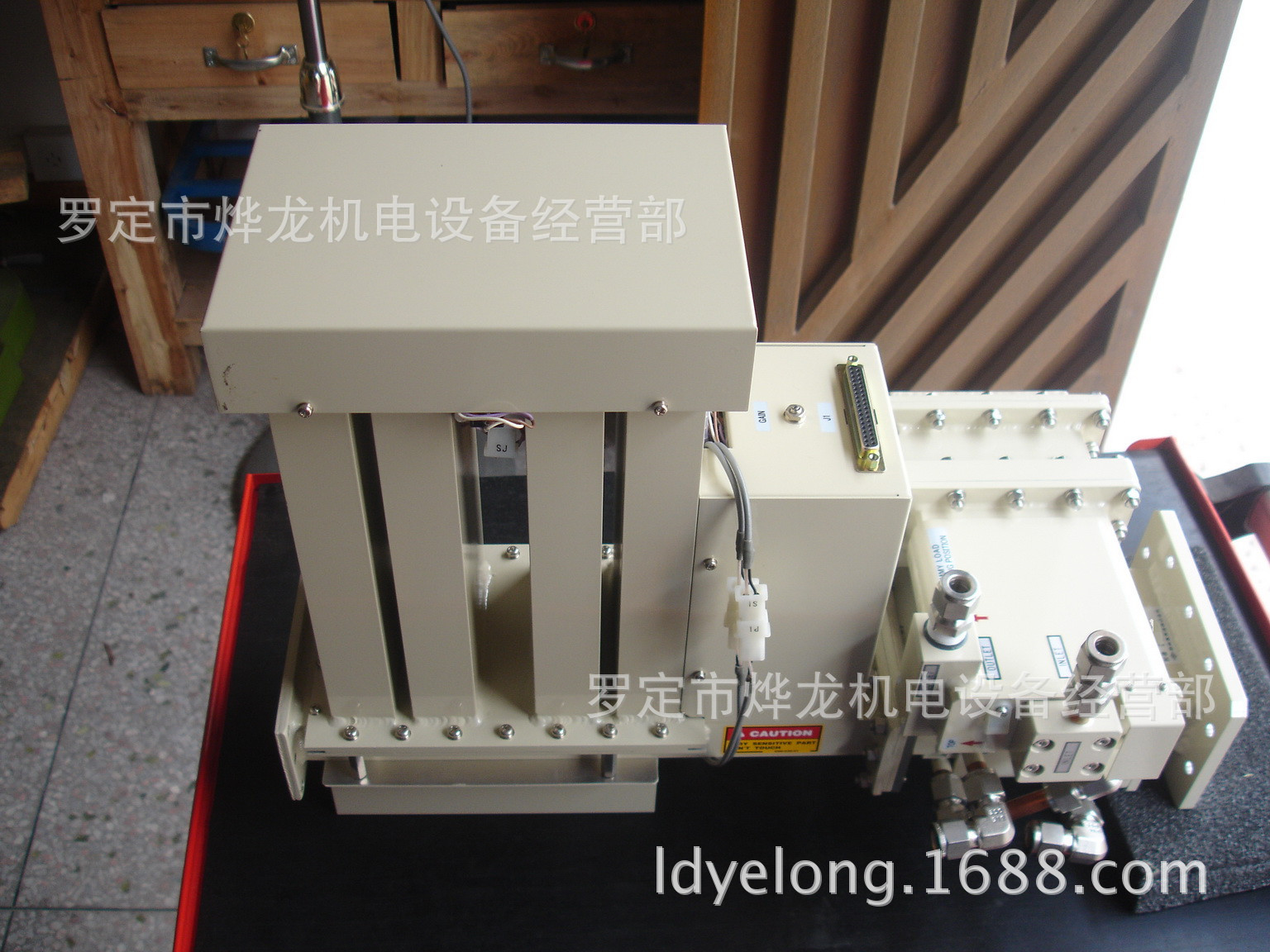 供应大功率微波四E-T调配器、环行器、隔离器、功率检测器