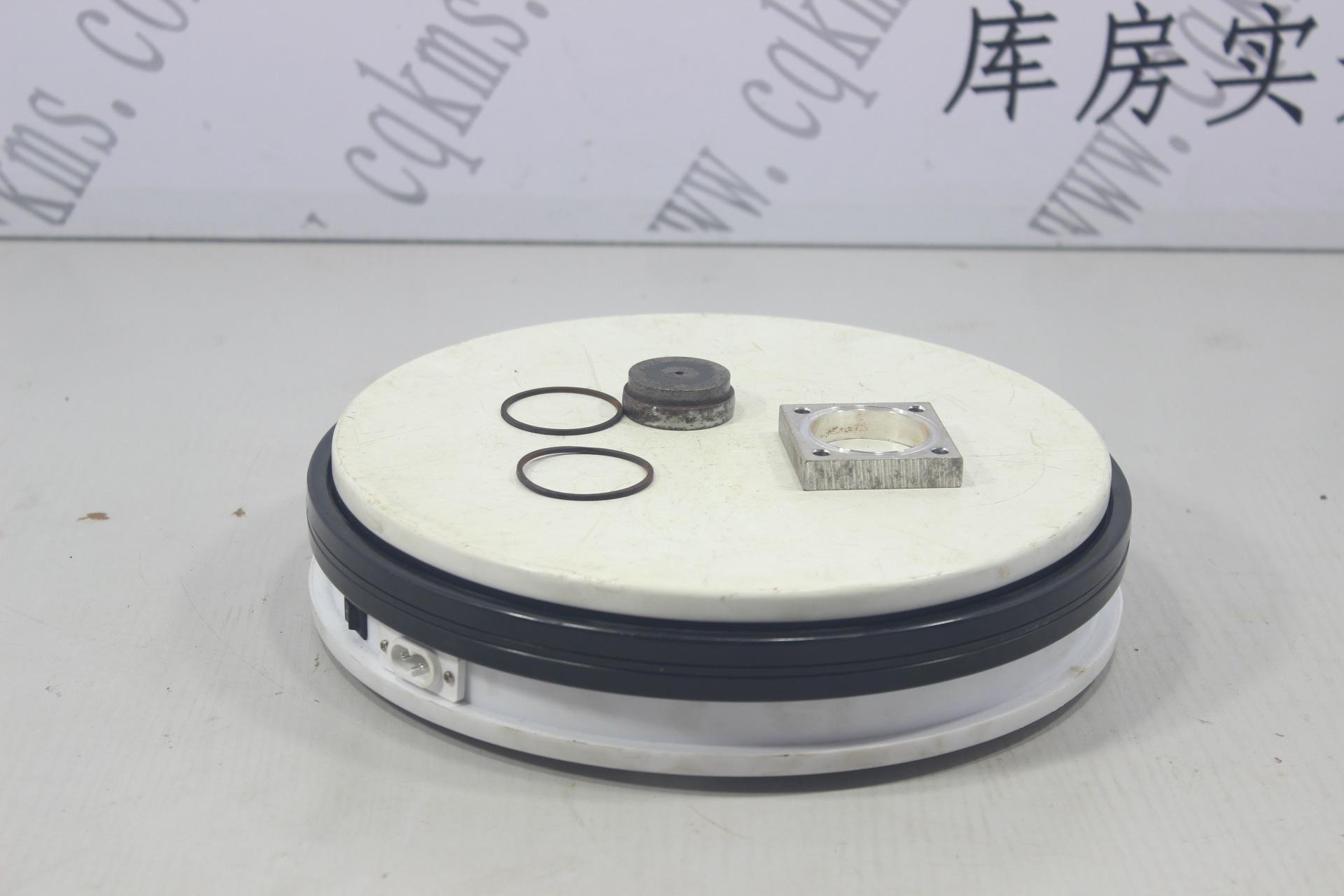 kms00747-3034452-电磁阀阀体-用于N14康明斯发动机-N14-参考规格底长宽4.6cm,底孔径0.4cm,几个孔径分别0.9cm,0.9cm,0.7cm-参考重量0.15kg-0.15kg图片1