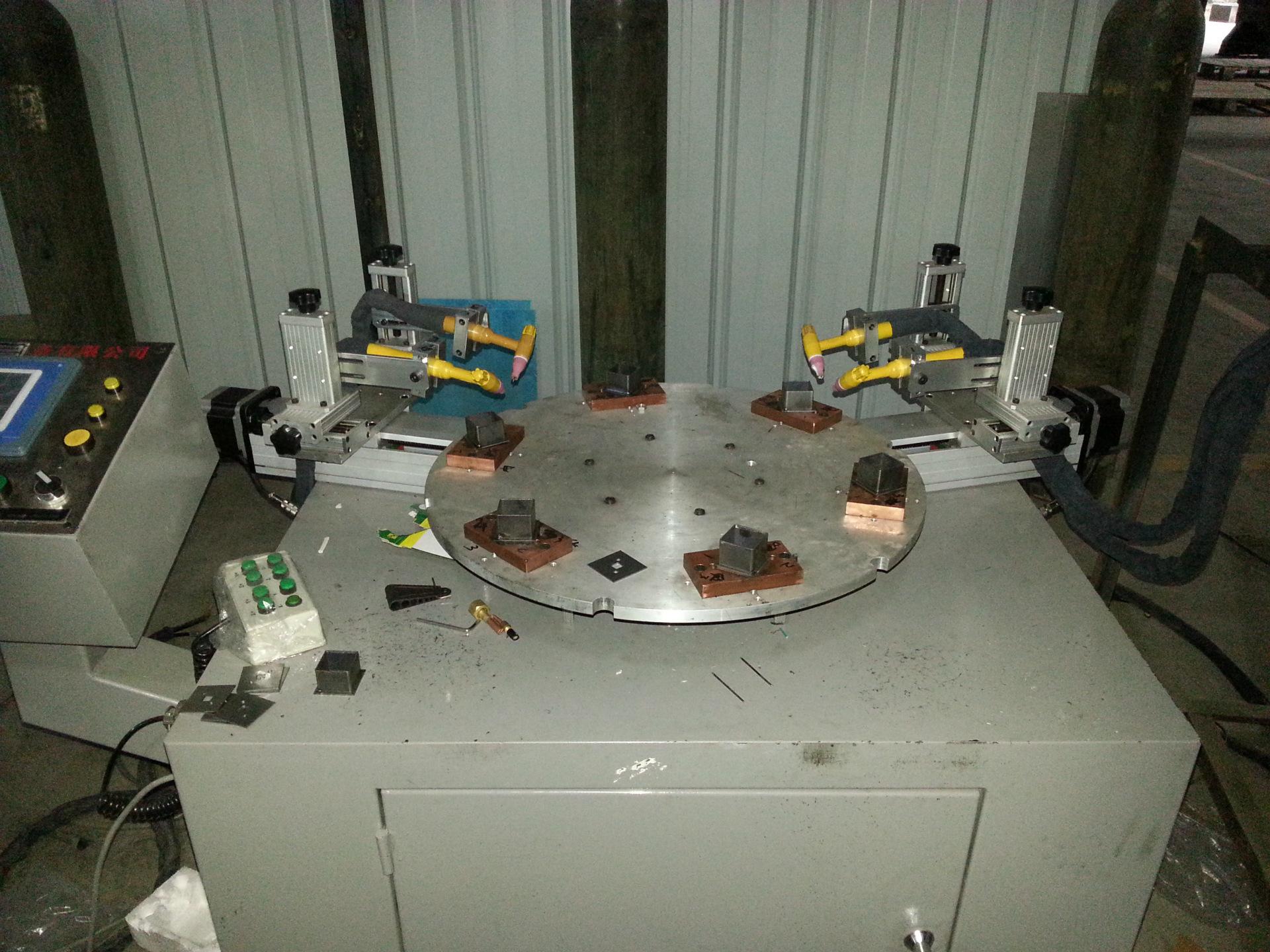 五金数控自动专机(转盘式方管焊机)