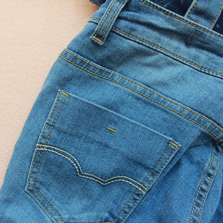 牛仔背带裤 款破洞背带裤 女式牛仔低价批发可混批 阿里巴巴