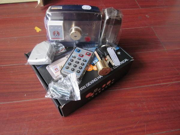 感應刷卡一體電控鎖,門禁刷卡鎖,出租公寓感應電控鎖