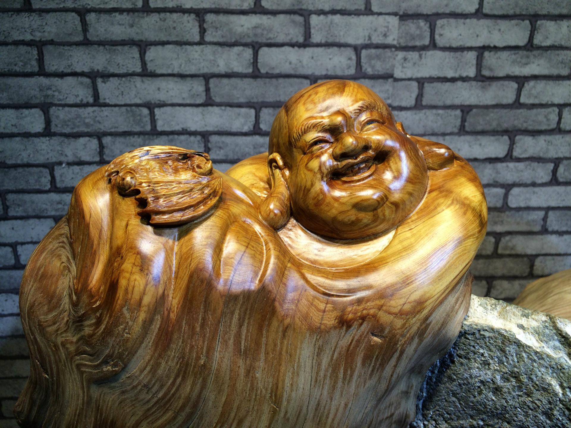 根雕抱石 崖柏根雕抱石 福寿双全弥勒佛佛像 厂家直销 阿里巴巴